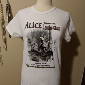 Tops - Alice through the looking Glass tee size small